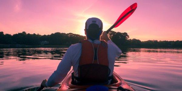 kayaking on lake at sunset acworth